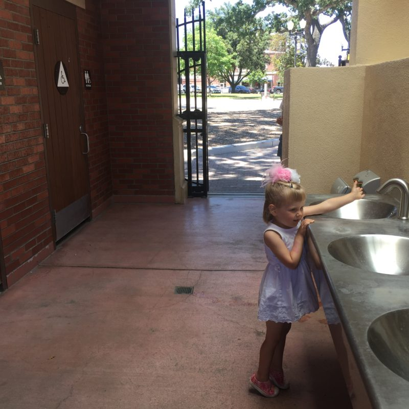 Paso Robles City Park Bathrooms