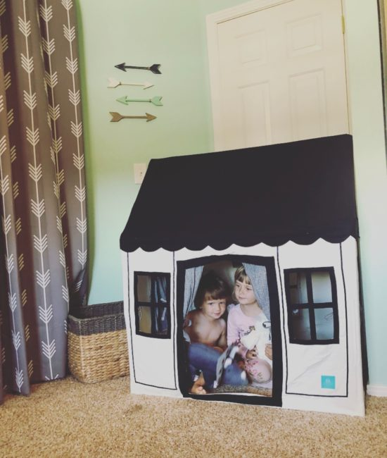 Two In Tow & On The Go Review: Petite Maison kids tent playhouse_1