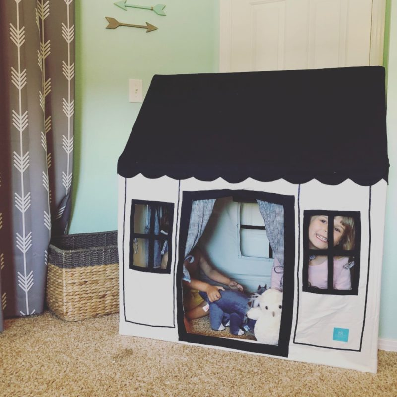 Two In Tow & On The Go Review: Petite Maison kids tent playhouse_3