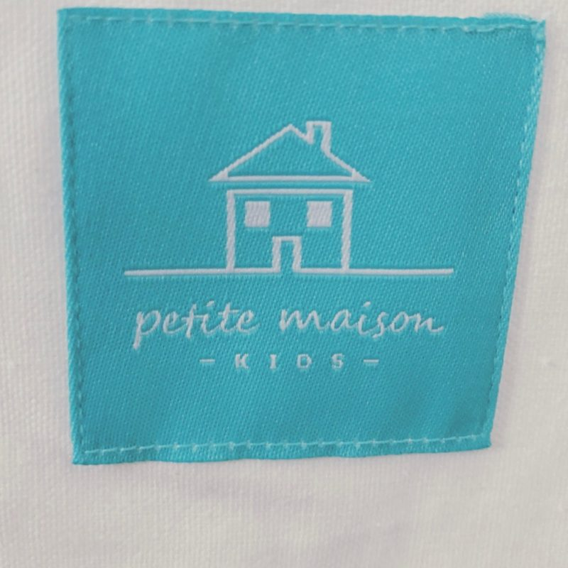 Two In Tow & On The Go Review: Petite Maison kids tent playhouse_11