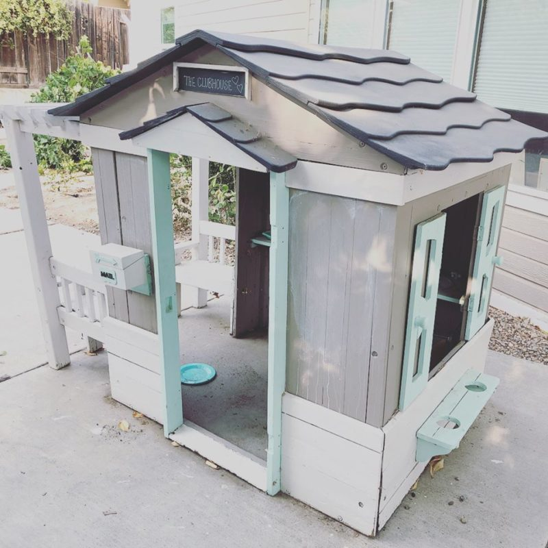 Backyard Playhouse Makeover_1