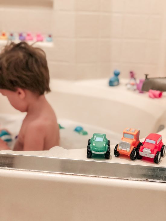 Nuby Squirt Wheels Bath Squirters Review_2