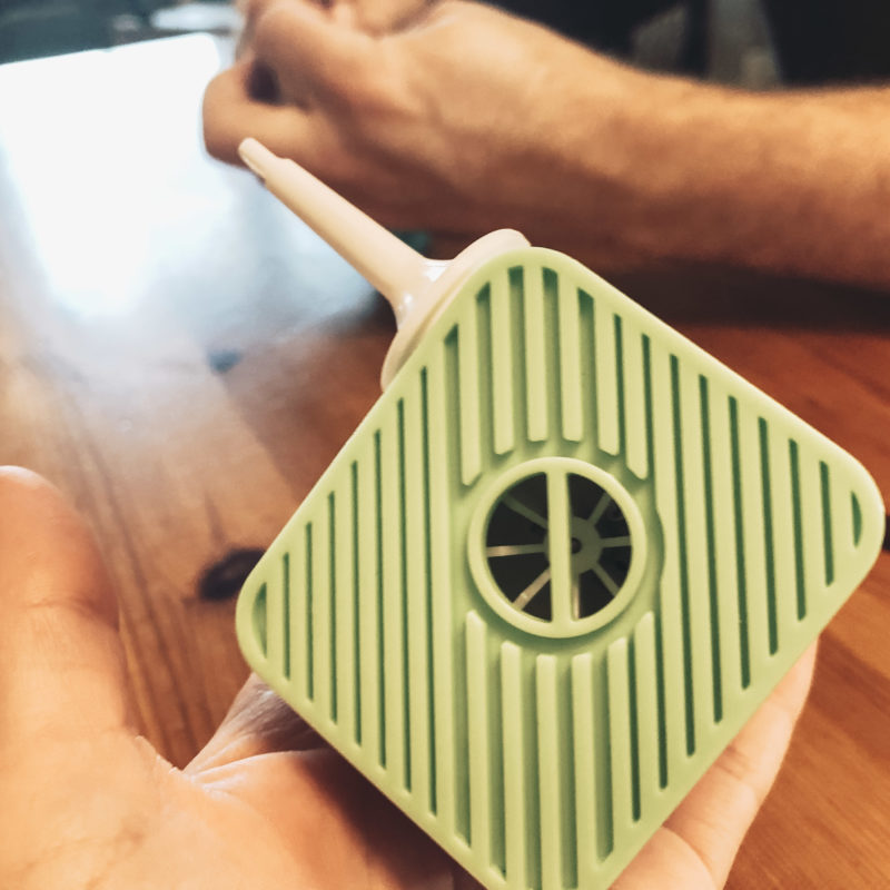 Review of a small green cube that's a portable air pump